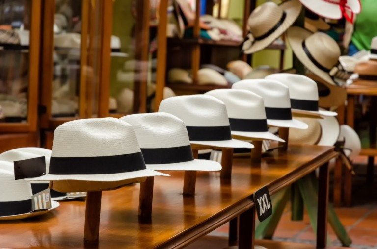 artisanat-chapeau-is-panama-decouverte-1024x678.jpg