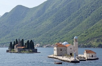 Montenegro-step-travel-Bouches_de_Kotor