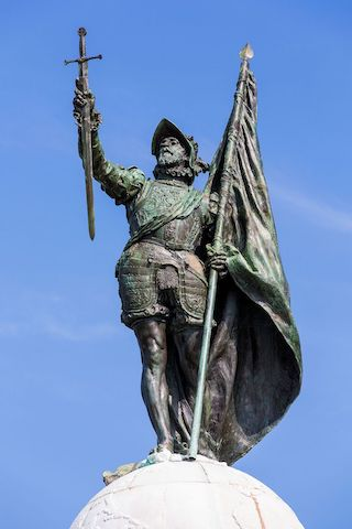 Monumento_a_Vasco_Núñez_de_Balboa_-_Flickr_-_Chito_(3)