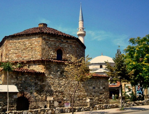 Church_and_Mosque_in_Prizren