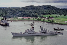 USS Sampson,Panama.jpeg
