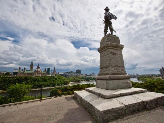 statue-of-french-explorer-samuel-de-champlain-at-the-peak-of.jpg