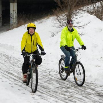 winter_cyclists_fr