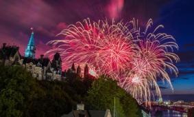canada-day-fireworks-ottawa-parliament-hill