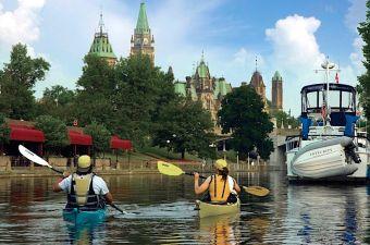 Downtown-Ottawa-Paddlers-Rideau-Canal
