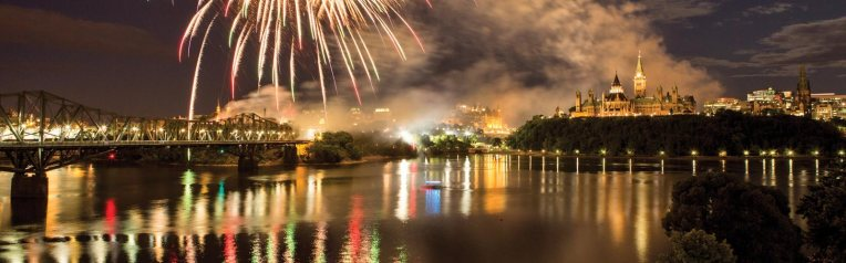1600x500-Canada-Day-Fireworks-Ottawa-River-credit-Canadian-Tourism-Commission 2