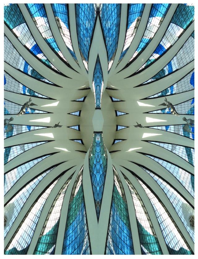 Cathédrale Brasilia-2.jpg