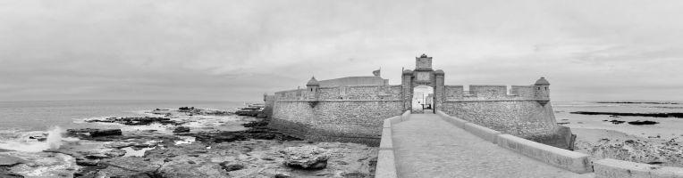 Castillo_de_San_Sebastián,_Cádiz,_España,_2015-12-08,_DD_38-41_PAN