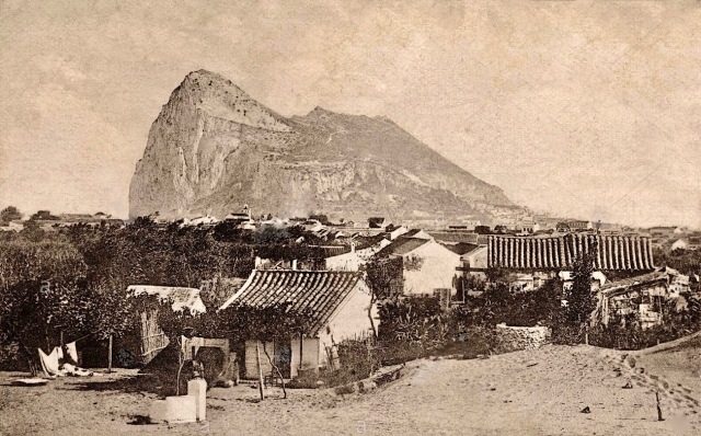 rock-of-gibraltar-seen-from-la-linea-de-la-concepcion-cadiz-province-C3JXWC 2