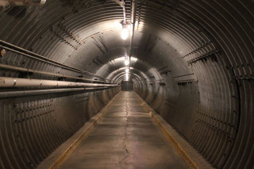 diefenbunker_tunnel