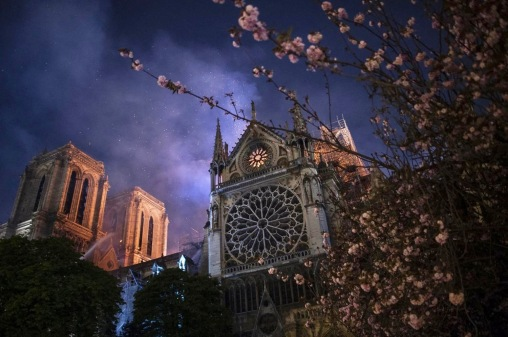 Smoke and flames rise during a fire at the landmark Notre-Dame Cathedral in central Paris on April 15, 2019, potentially involving renovation works being carried out at the site, the fire service said. Photo by Eliot Blondet /ABACAPRESS.COM Notre Dame de Paris Notre-Dame de Paris (monument) Flames Flame Fire Flammes Flamme Incendier Bruler Incendie Feu Blaze | 679058_006