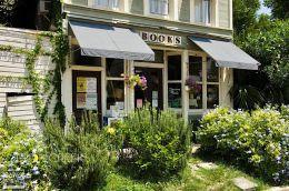 Apalachicola Bookstore 2