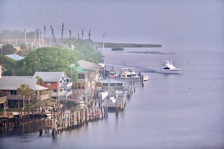 Apalachicola, vue aérienne port.jpg