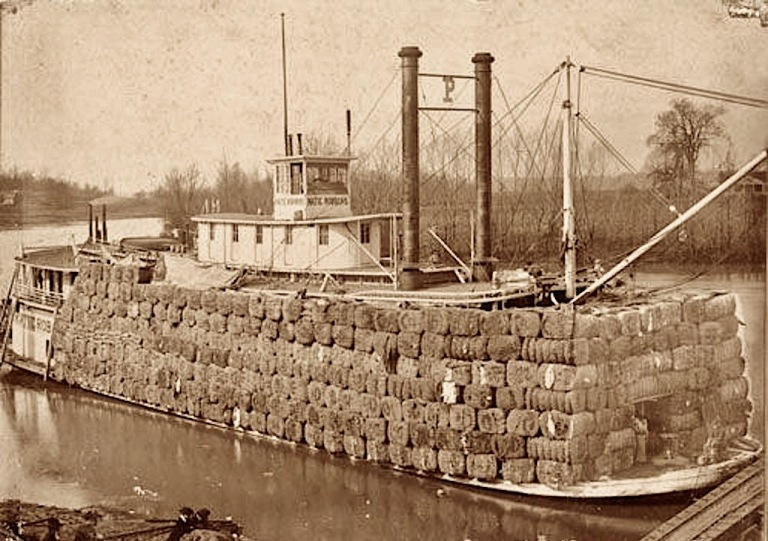 Steamboat loaded with cotton 2.jpg