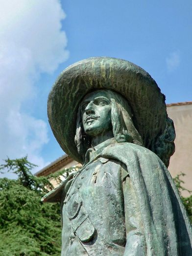 Statue de D'Artagan, à Auch