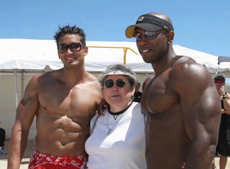 Florida, Miami Beach, Lummus Park, Sport and Fitness Festival, muscular male bodybuilders, senior female, posing,