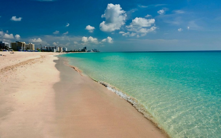 miami-south-beach-florida-desktop-wallpaper-hd-1920x1200-1.jpg